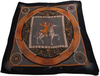 Hermã ̈S HermAs CarrA GAant silk 140 Black Cashmere Scarves
