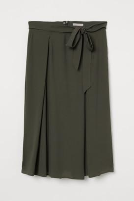 H&M Tie Belt Skirt - Green