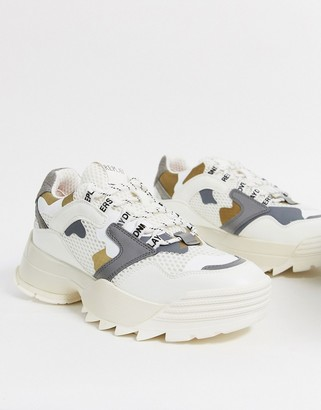 Replay chunky trainer in white