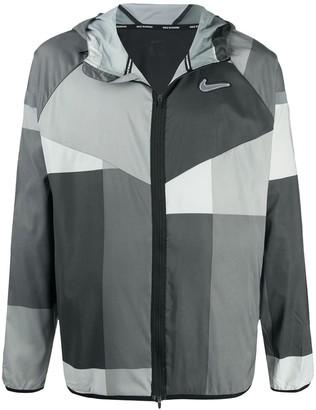 Nike Windrunner Wild Run jacket