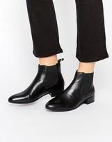 Vagabond Black Leather Chelsea Boots