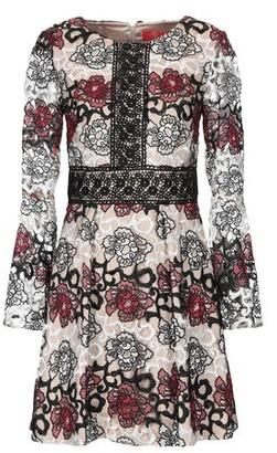 Monique Lhuillier Short dress