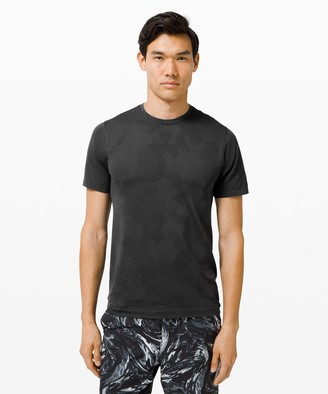Lululemon Metal Vent Breathe Short Sleeve
