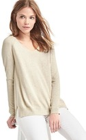 Soft V-neck long sleeve sweater