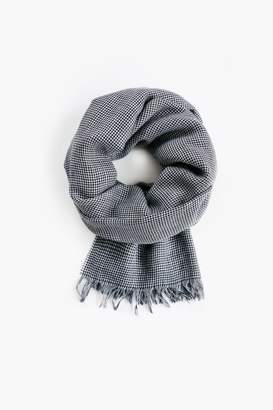 M.M. LaFleur The Houndstooth Scarf