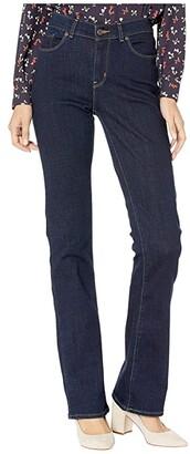 Levi's(r) Womens Classic Bootcut (Island Rinse) Women's Jeans