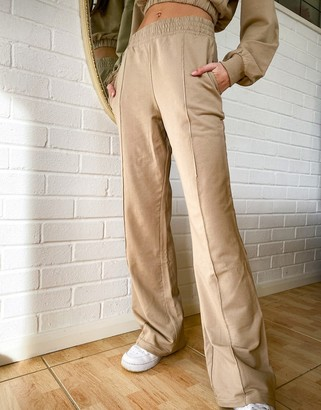 Bershka wide leg jogger co-ord in camel