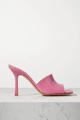 Bottega Veneta Leather Mules - Baby pink