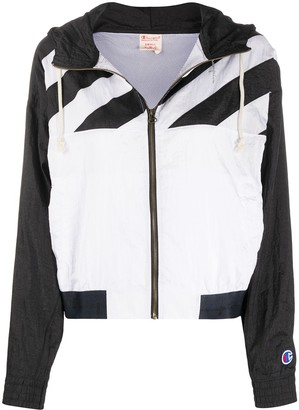Champion Lightweight Zipped Hooded Jacket