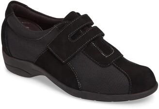 Munro American Joliet Sneaker