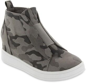 Mia Gracey Slip-On Sneaker