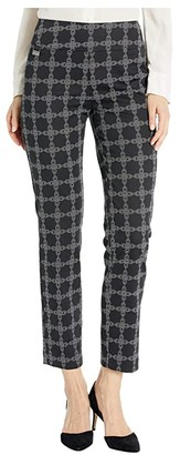 Lisette L Montreal Chain Link Print Pull-On Ankle Pants (Black/White) Women's Casual Pants