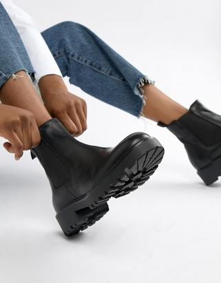 Vagabond Kenova black leather chunky chelsea boots