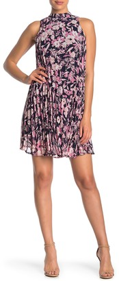 Love Squared Floral Sleeveless Pleated Shift Dress