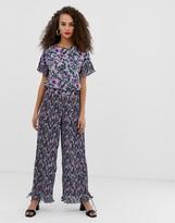Pieces Adrianna floral print plisse wide leg pants