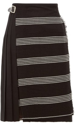 Le Kilt - Houndstooth-panel Pleated Wool Skirt - Womens - Black White