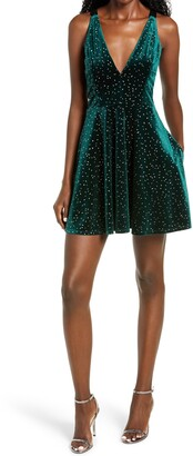 Speechless Emerald Glitter Velvet Fit & Flare Minidress