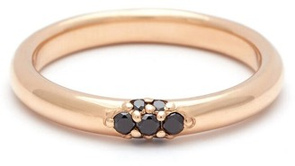 Black Diamond Single Cluster Celestine Band Ring - Yellow Gold