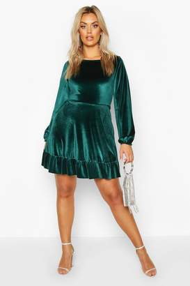 boohoo Plus Velvet Ruffle Hem Skater Dress