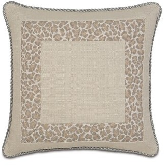 Vivo Eastern Accents Rayland Border Collage Throw Pillow Eastern Accents
