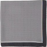 Barneys New York MEN'S HOUNDSTOOTH-PRINT SILK POCKET SQUARE