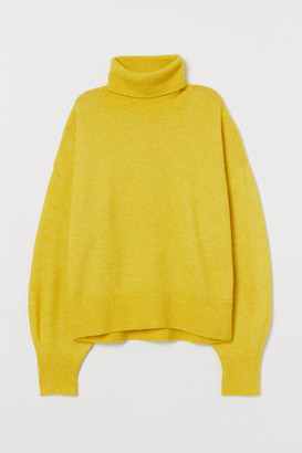 H&M Fine-knit Turtleneck Sweater - Yellow