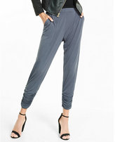 Express mid rise ruched ankle pleated soft pant