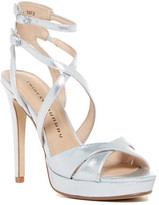 Chinese Laundry Highlight Strappy Platform Pump
