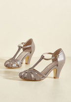 There Chic Goes T-Strap Heel in Mauve in 36