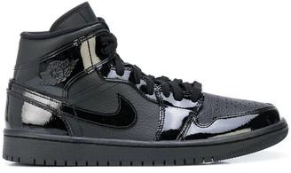 Nike Air Jordan 1 Mid triple black