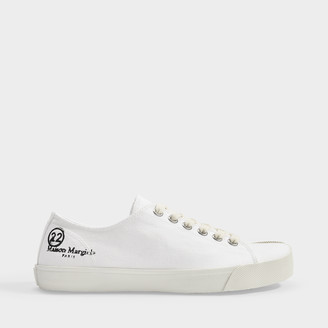 Maison Margiela Tabi Low Top Sneakers In White Canvas