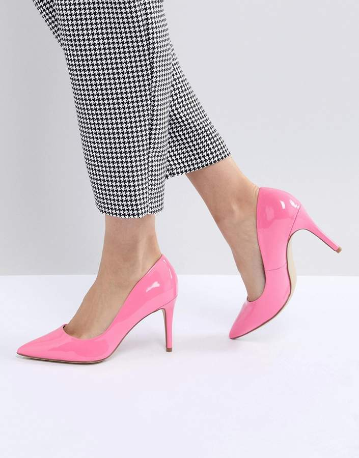 New Look Patent Pointed High Court Shoe