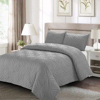 Style Quarters Sienna Quilt Set Gray - Machine Washable - Includes 1 Quilt + 2 Shams - King