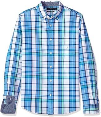 Nautica Men's Slim Fit Stretch Plaid Long Sleeve Button Down Shirt