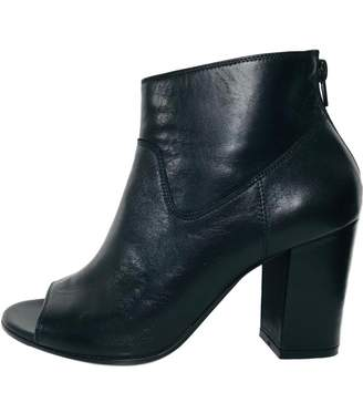N. Non Signé / Unsigned Non Signe / Unsigned \N Black Leather Ankle boots