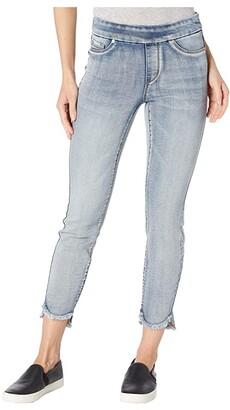 Tribal Pull-On Jeggings w/ Curved Frayed Hem in Bleach (Bleach) Women's Jeans