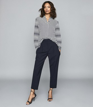Reiss Arizona - Front Pleat Trousers in Navy