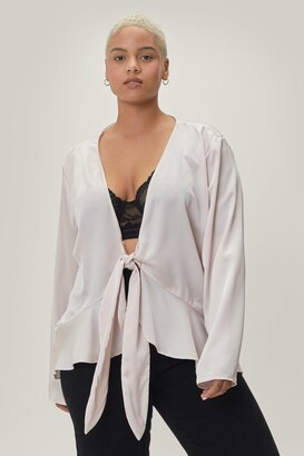 Nasty Gal Womens A Lil Tied Up Plus Satin Blouse - Oyster