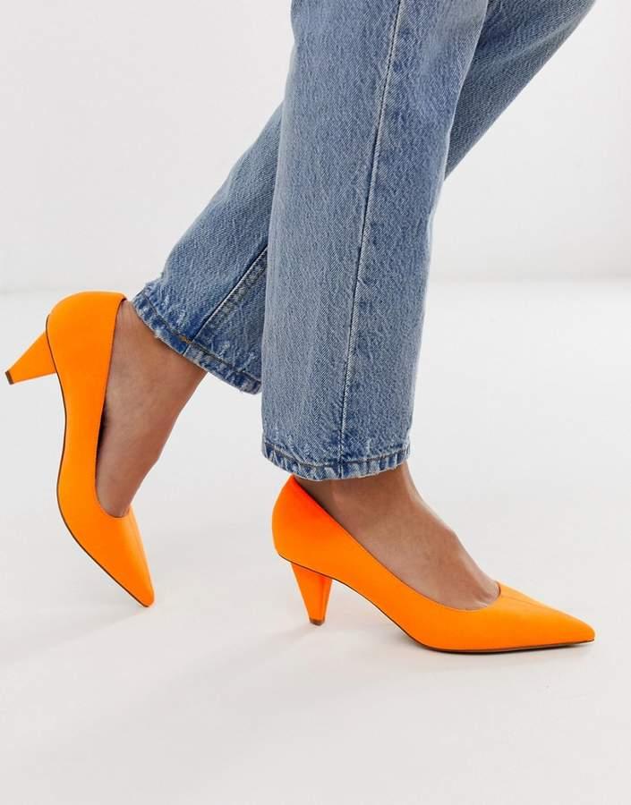 1b3fc3de23d Design DESIGN Summary mid-heeled court shoes in neon orange