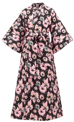 La Vie Style House - No.12 Quilted Floral-jacquard Kimono Dress - Black Pink