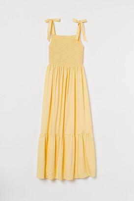 H&M Smocked cotton dress