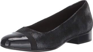 Clarks Women's Juliet Monte Shoe Burgundy 10 N US