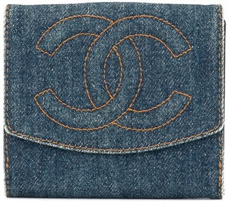 Chanel Pre-Owned logos bifold wallet