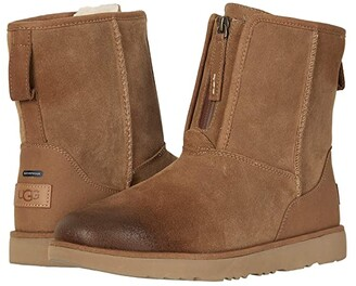 UGG Classic Short Front Zip WP (Chestnut) Men's Shoes
