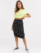 Daisy Street midi skirt with ruching in floral