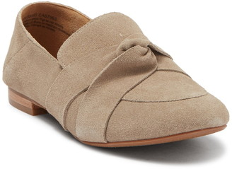 Susina Delaney Suede Knot Flat