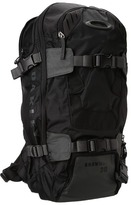 Oakley Snowmad 30 (Black) - Bags and Luggage