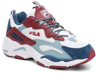 Fila Ray Tracer Sneaker - Women's