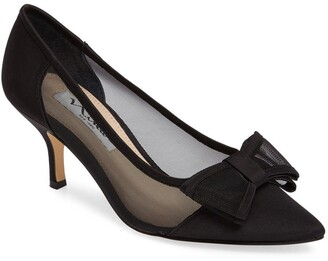 Nina Bianca Pointy Toe Pump