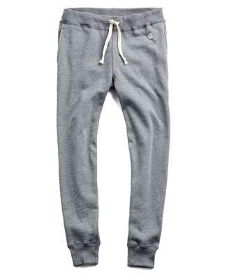 Todd Snyder + Champion Heavyweight Slim Jogger Sweatpant in Salt and Pepper